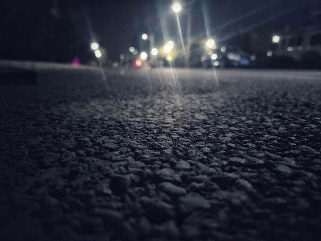 夜晚的小路