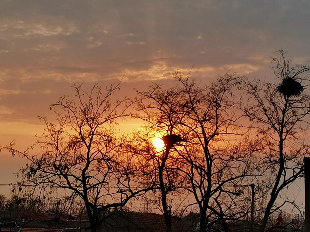夕阳很美,风也很温柔