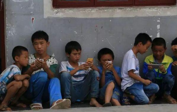 家庭教育缺失 留守少年陷网游漩涡