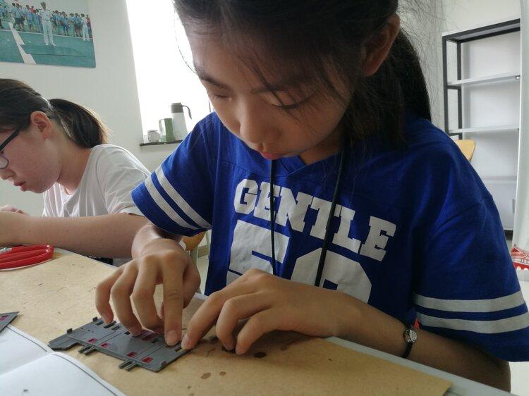 青岛市青少年STEM第二期第一课建筑模型培训班掠影